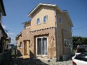 ローコストなのにハイクオリティーな住宅。<br />変形した土地を有効に利用した、使い勝手のいい間取です。